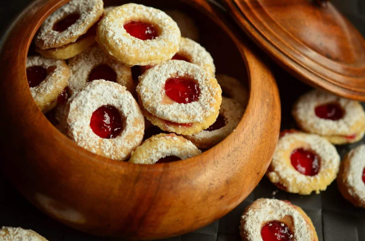 Criança Fez Biscoitos com Cinzas da Avó e deu aos Colegas de Turma