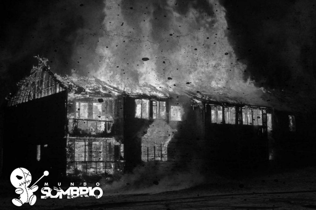 a casa em chamas história de terror