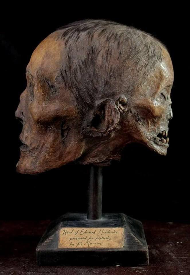 Edward mordrake mummy mumia