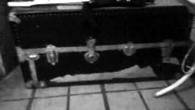 Conheça o Ventríloquo que Usava Cadáver de Menino como Boneco 2