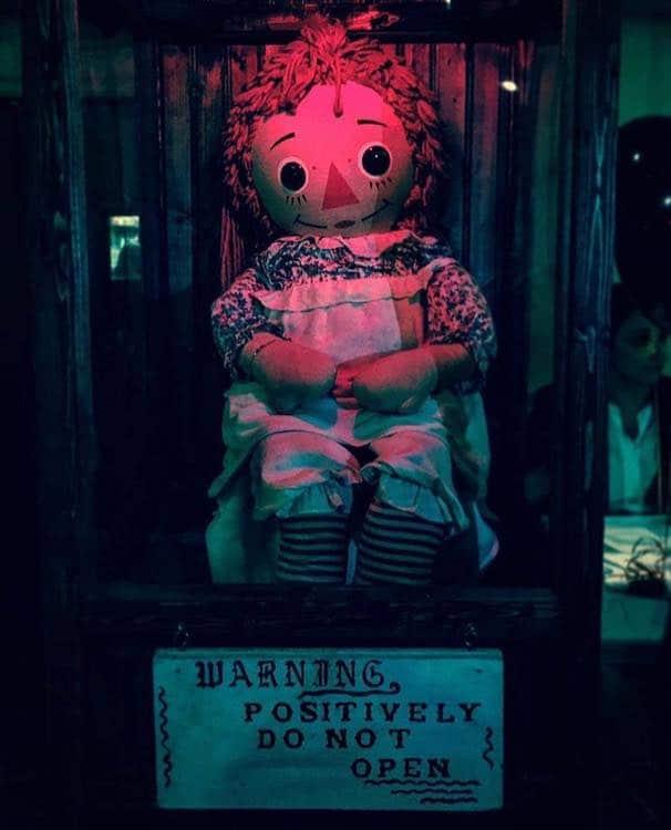 Annabelle verdadeira museu oculto lorraine warre ed warren