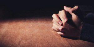 Oração forte para amarrar a pessoa amada