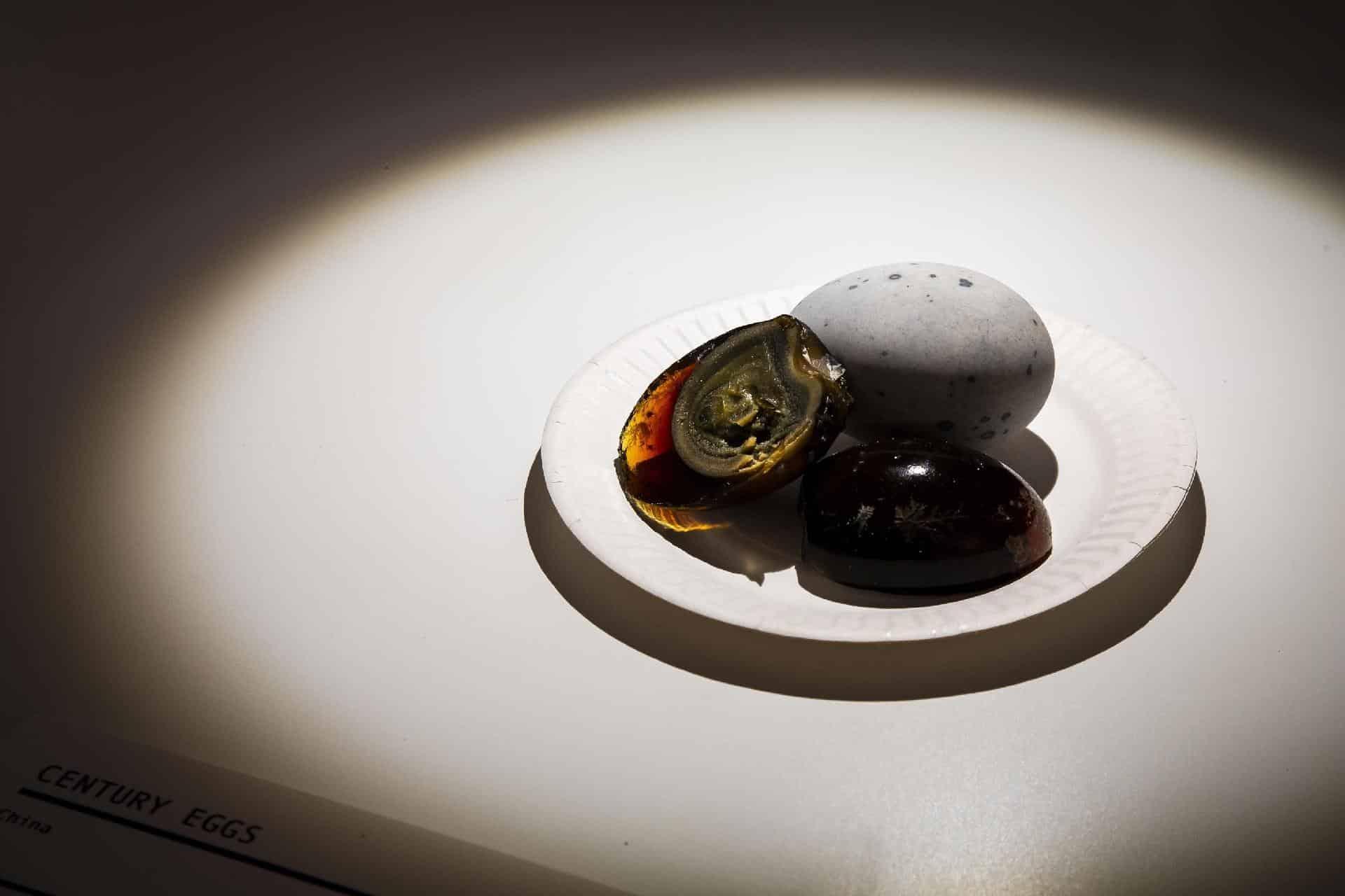 ovo-centenario-ingrediente-chines-mundo-sombrio