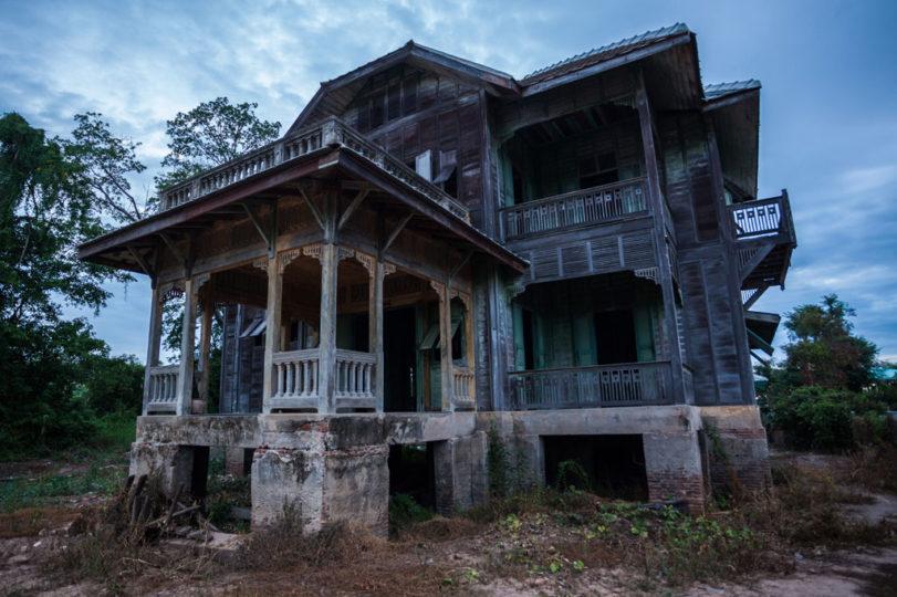 5 Fatos que Comprovam que Você Vive em uma Casa Assombrada