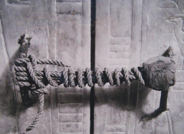 A maldição do faraó mundo sombrio 2 • mundo sombrio