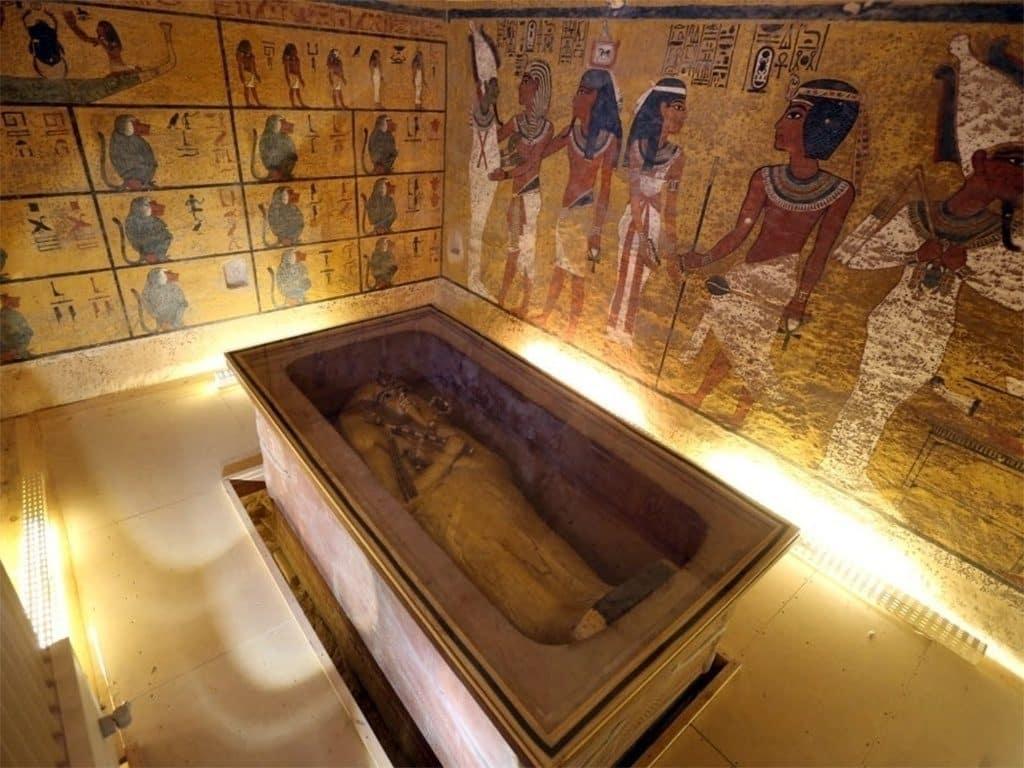 Tumba do farao tutancamon 1448757041667 1024x768 • mundo sombrio
