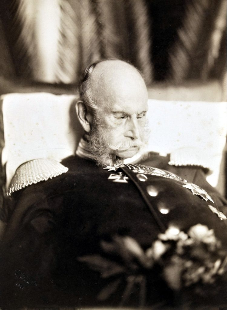 Post mortem portrait of kaiser wilhelm i 1888 crop • mundo sombrio