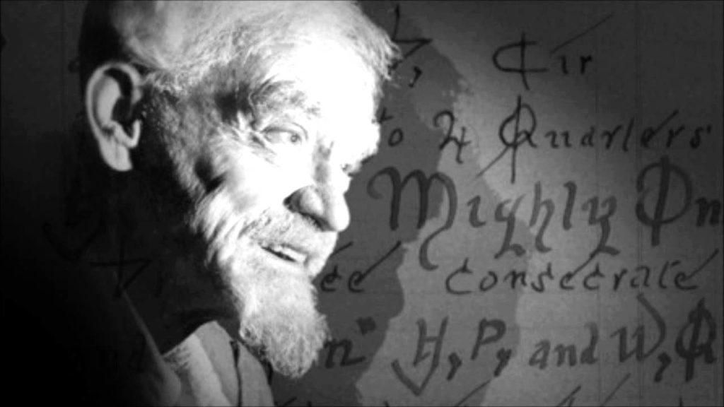Gerald gardner os 10 bruxos mais poderosos da história • mundo sombrio
