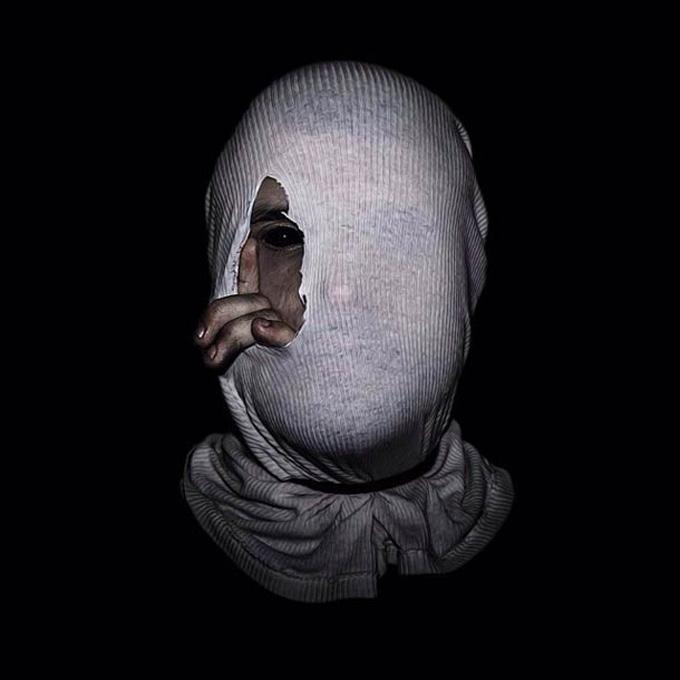 Christopher-McKenney-zupi-101 mundo sombrio