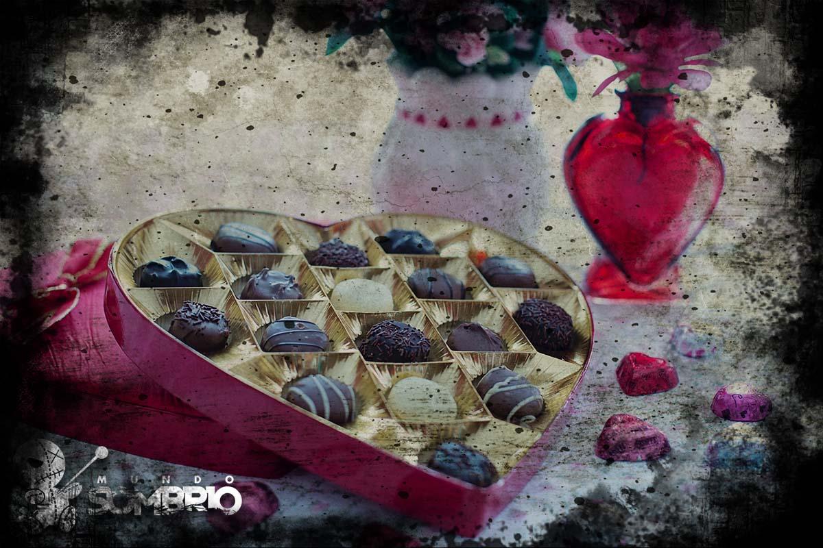 a caixa em forma de coração história de terror