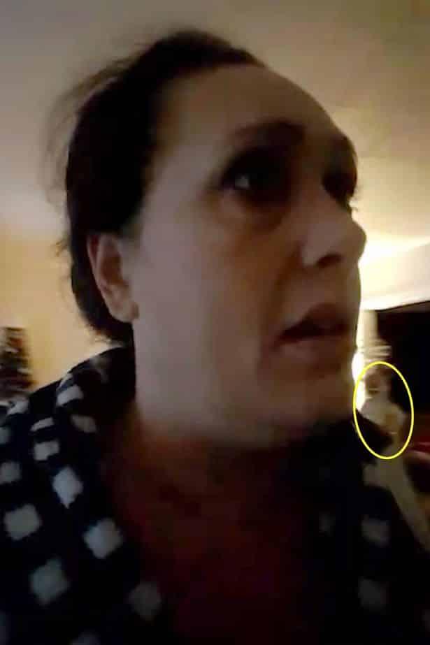 Mulher registra imagens arrepiantes de 'fantasma adolescente' durante chamada de vídeo mundo sombrio