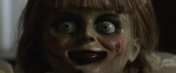 Boneca assombrada diz a caçador de fantasmas quero queimar seus olhos mundo sombrio 4 • mundo sombrio