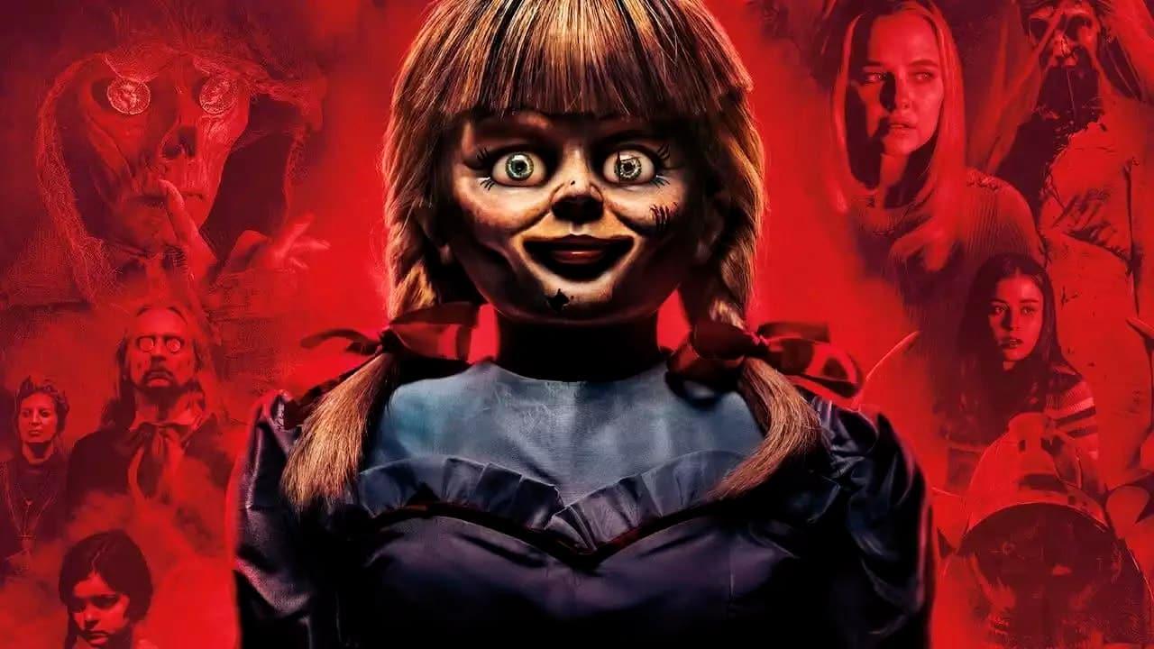 Warner mostra o que a boneca Annabelle anda fazendo durante a pandemia