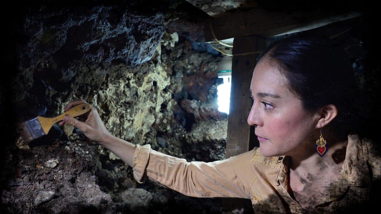 Torre feita de Crânios Humanos pelos Astecas é descoberta no México mundo sombrio