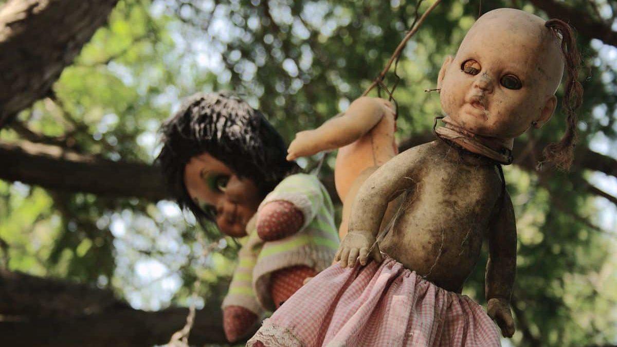 A sombria aterrorizante e assombrada ilha das bonecas mundo sombrio 2 edited • mundo sombrio