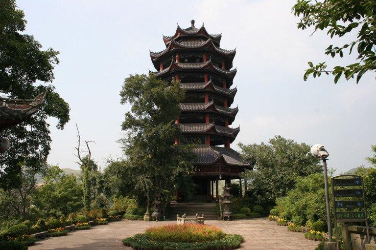 Portões do inferno - cidade fantasma de fengdu - condado de fengdu , china