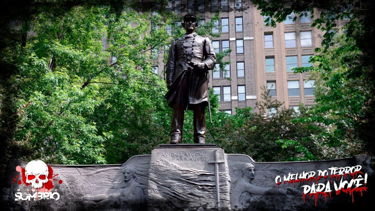 a estátua do almirante relato sobrenatural mundo sombrio